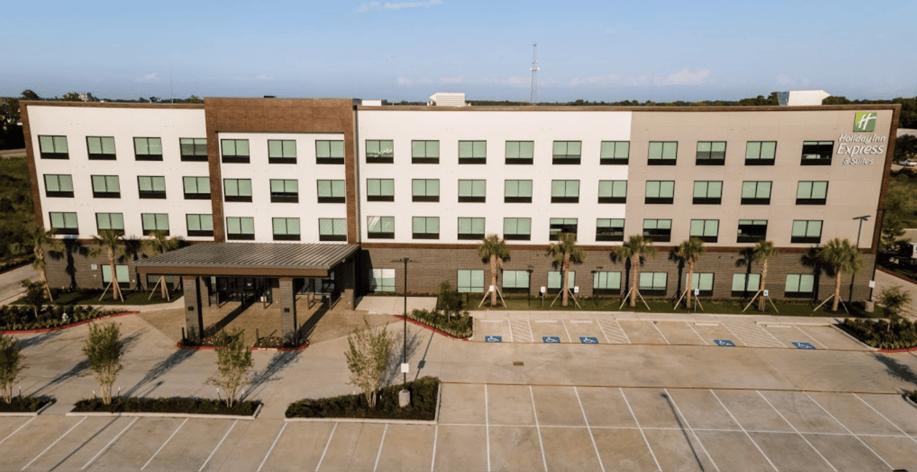 Fundermax exterior phenolic panels in rainscreen application at the Holiday Inn Express in Texas
