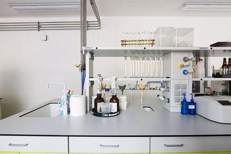 Laboratory work surfaces using Fundermax Max Resistance2 phenolic panels.